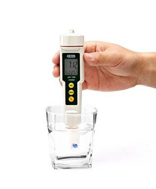 PH meter for testing Spirulina's Alkalinity